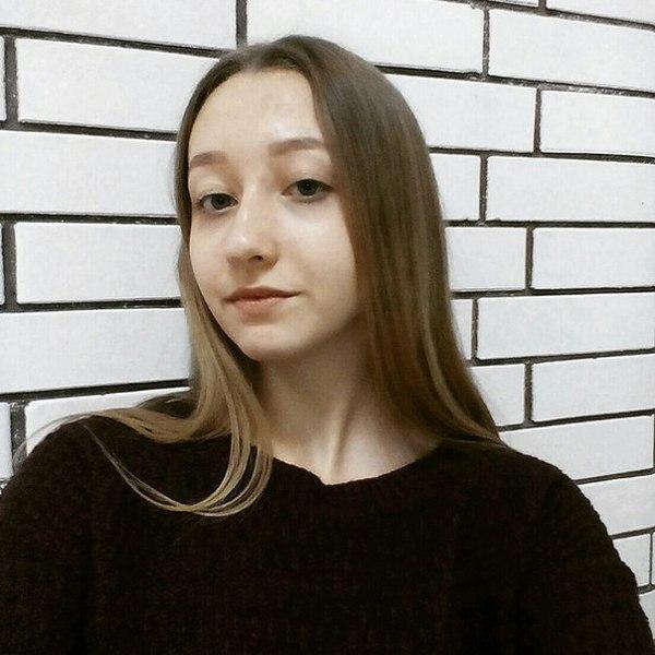 anya_chb's Profile Photo