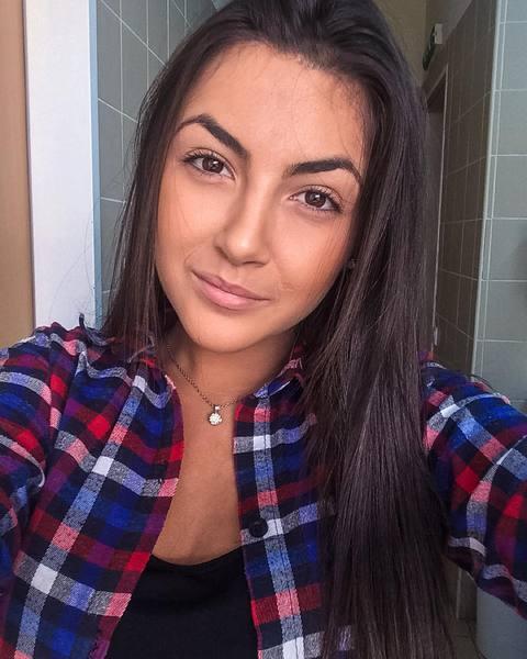taka_samotna_dziunia's Profile Photo