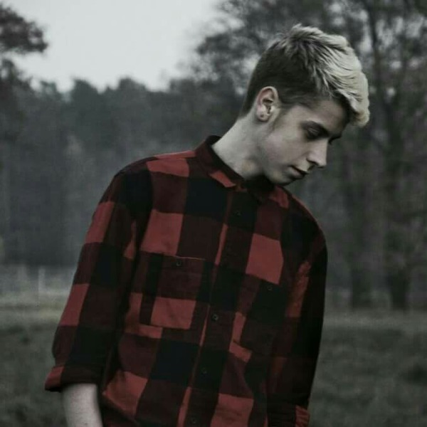 jacobbukowskiofficial's Profile Photo