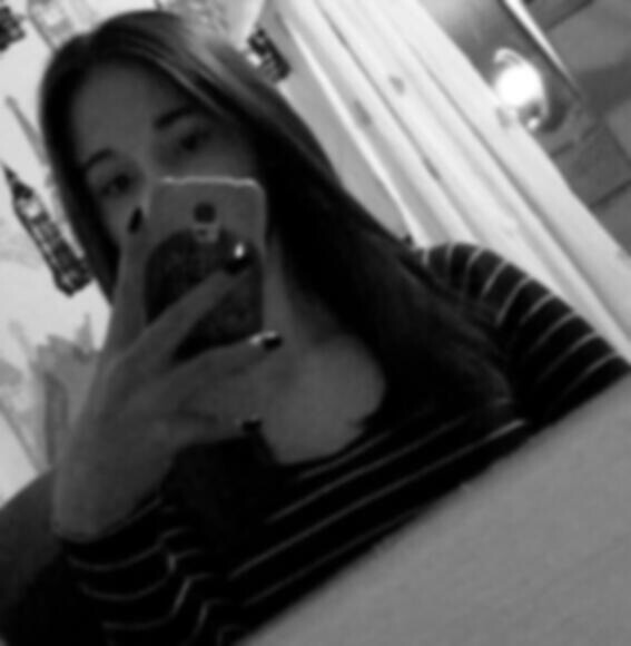 lili_rose230815's Profile Photo