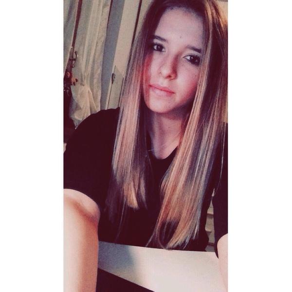Lauraa_58's Profile Photo