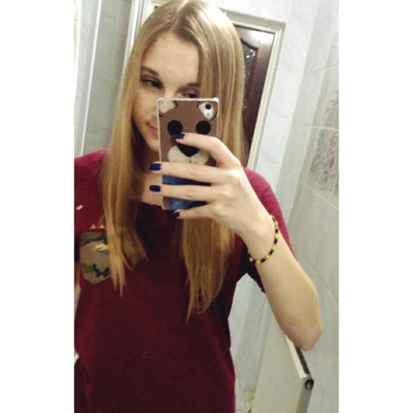dicapra's Profile Photo