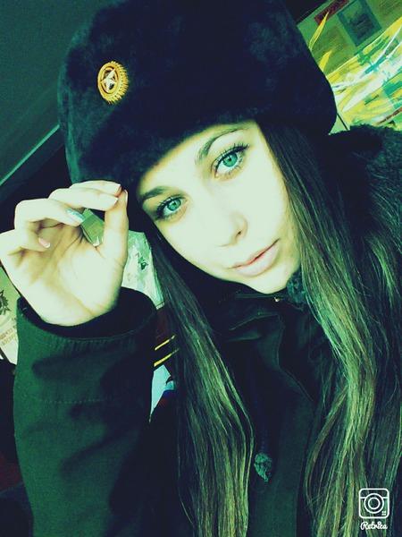 Dasha_L998's Profile Photo