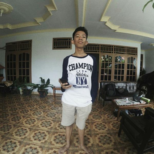WahyuNadinSyafitra's Profile Photo