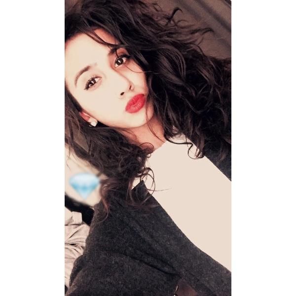 kinza_J's Profile Photo