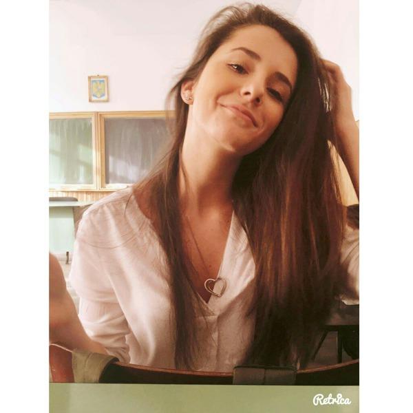AndraDouapuncteotrei's Profile Photo