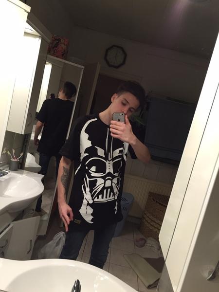 IfotsirkI's Profile Photo