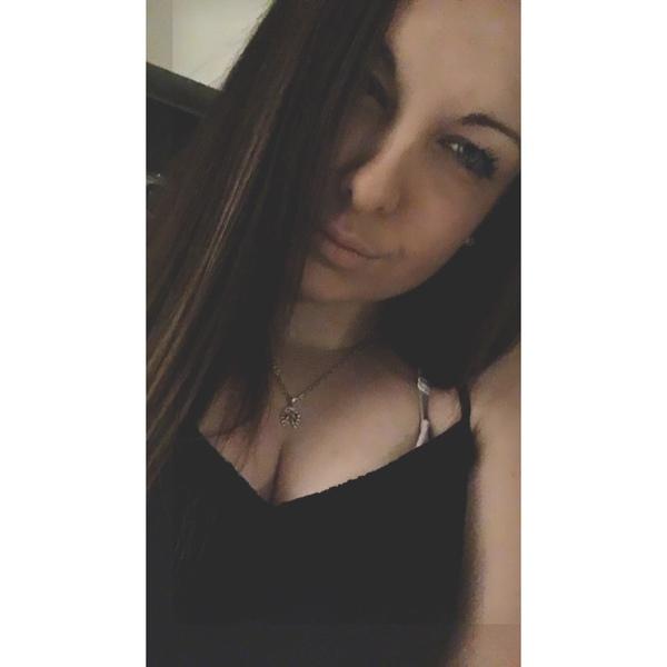 JegouLaura's Profile Photo