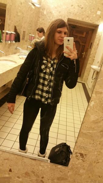 NicoleBinder's Profile Photo