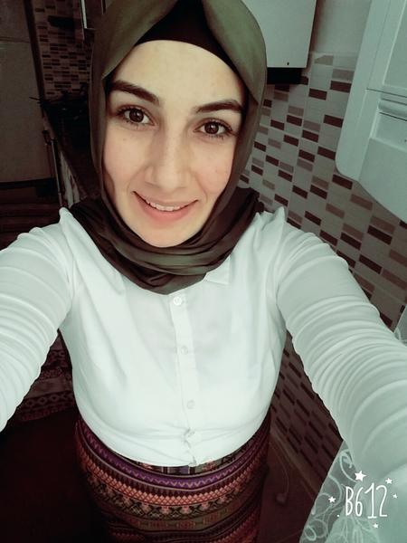 BusraGuloglu's Profile Photo
