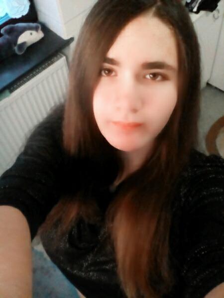 snowgirl_13's Profile Photo