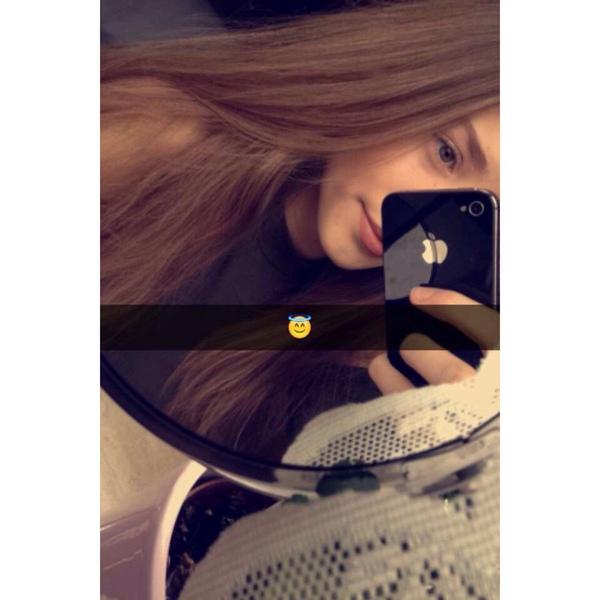 Nele_lau's Profile Photo