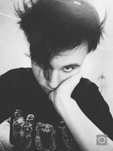 DreamWalkeerr's Profile Photo