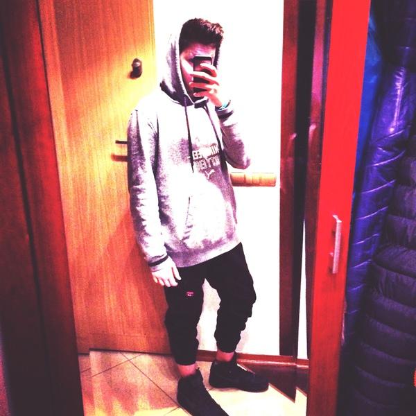 Oskar____Cheer's Profile Photo