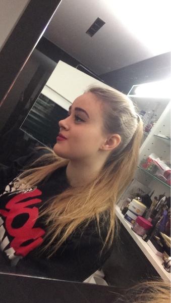 Shelly1219's Profile Photo