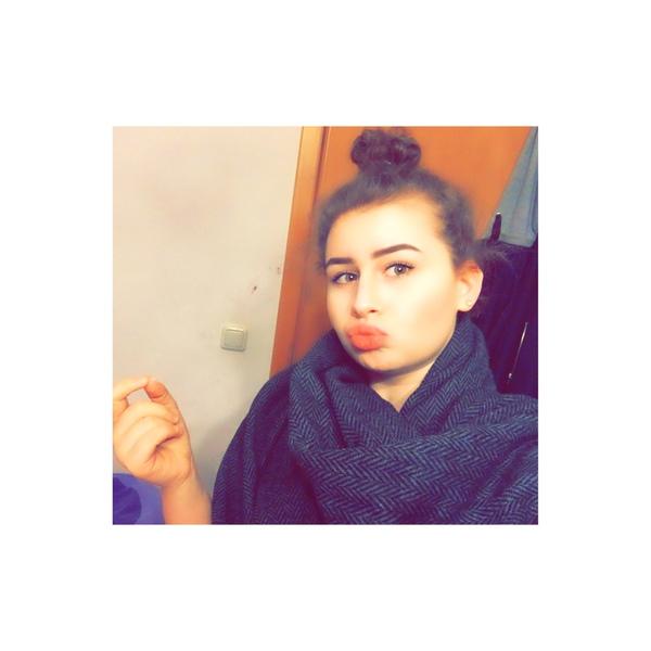 arzu_emir61's Profile Photo