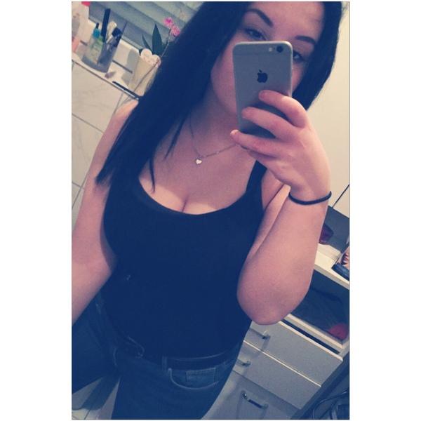 dilanyasemin22's Profile Photo