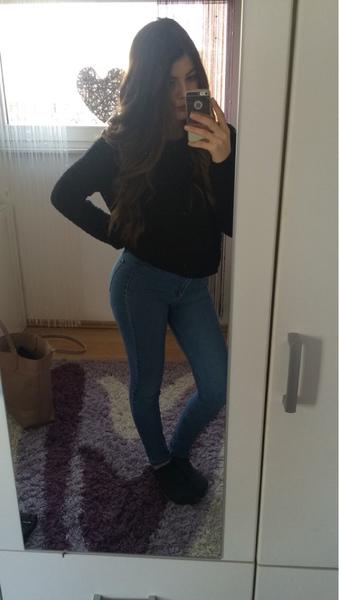 Sel11na's Profile Photo