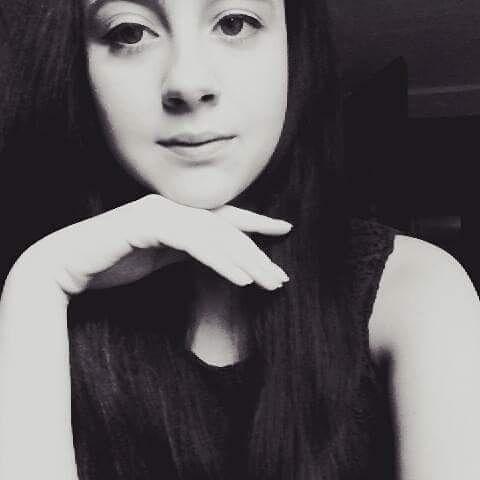 karolandlina's Profile Photo