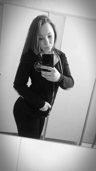 EvitaTikTiek's Profile Photo