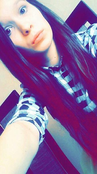 Karolcia757's Profile Photo