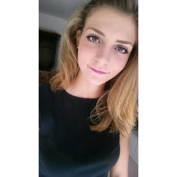 Valeria123456789101112's Profile Photo