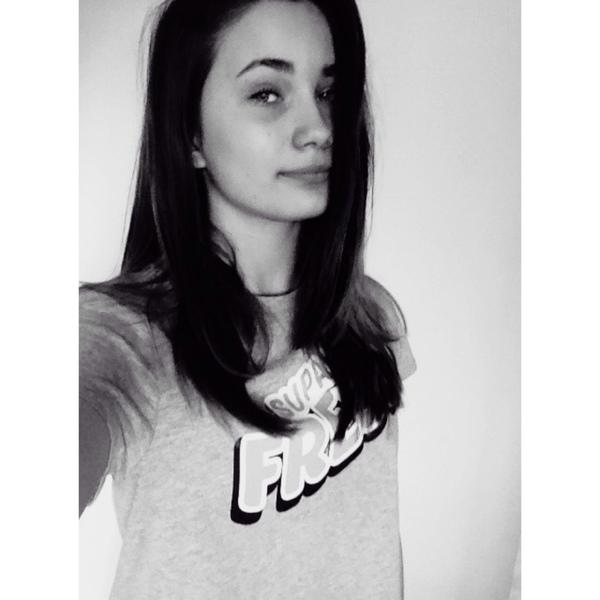 naluniia's Profile Photo