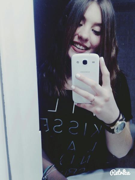 tzeniKar's Profile Photo