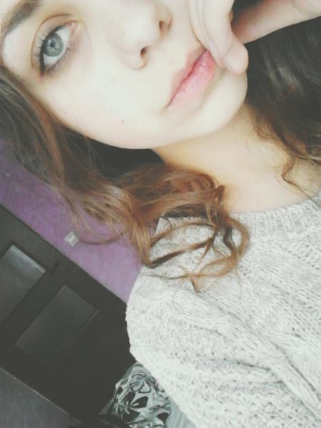 lovelycurls's Profile Photo