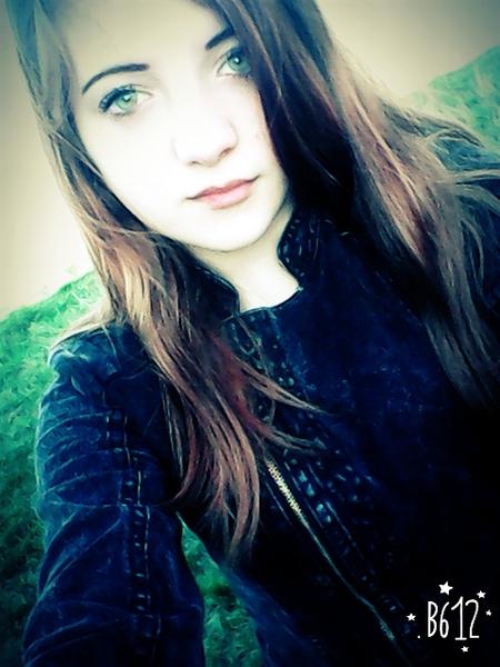 zwariowanajaaa's Profile Photo