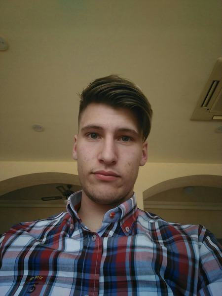 Alezyo13's Profile Photo