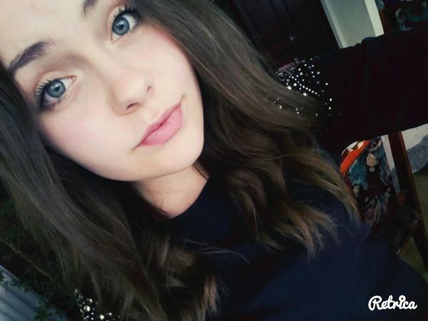 DominikaaaaaXD's Profile Photo