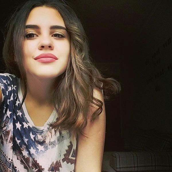 lola271001's Profile Photo