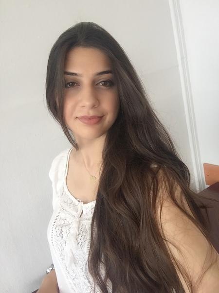 elizade_rena's Profile Photo
