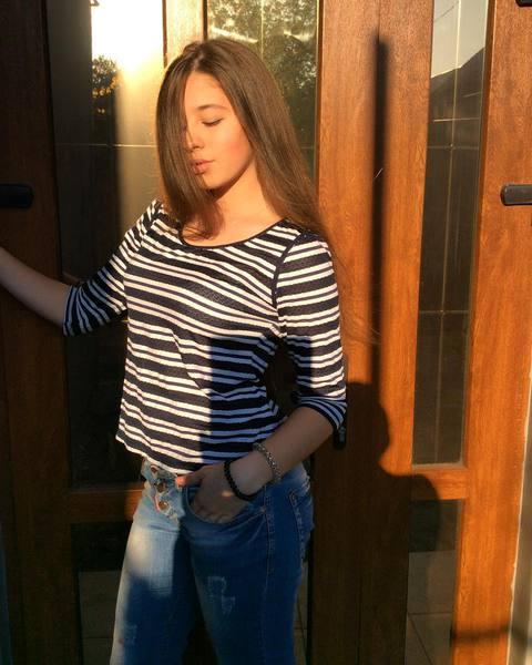 Angeelina_11's Profile Photo