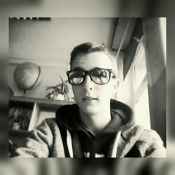 AleUrwaLxdd's Profile Photo