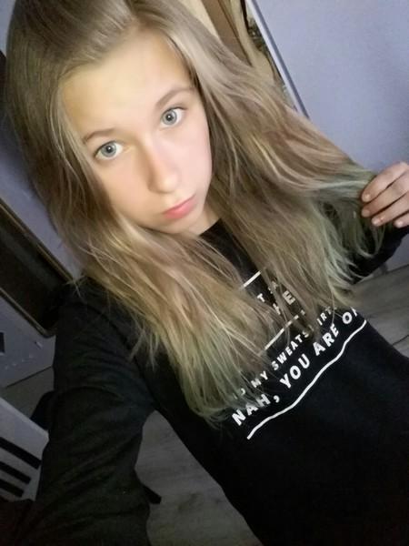 Laurus_polish_queen's Profile Photo