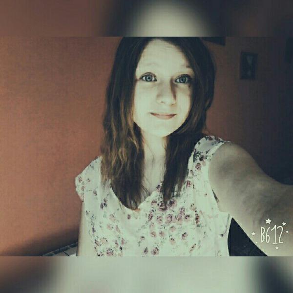 Kiniaa_13's Profile Photo