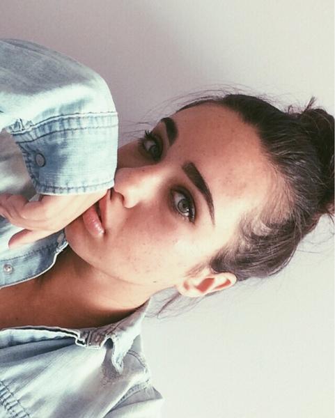 ilovepizzaxox's Profile Photo