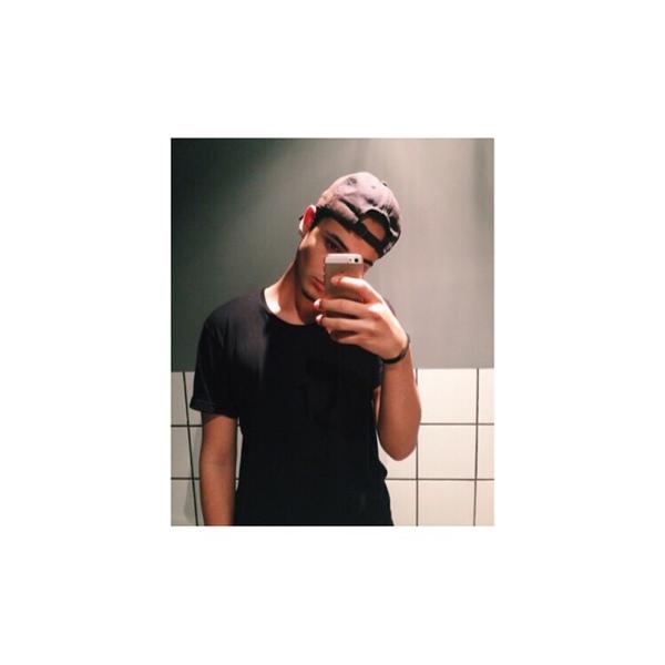 lca_xyz's Profile Photo
