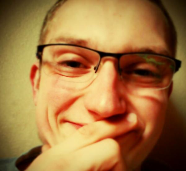 Babellek's Profile Photo