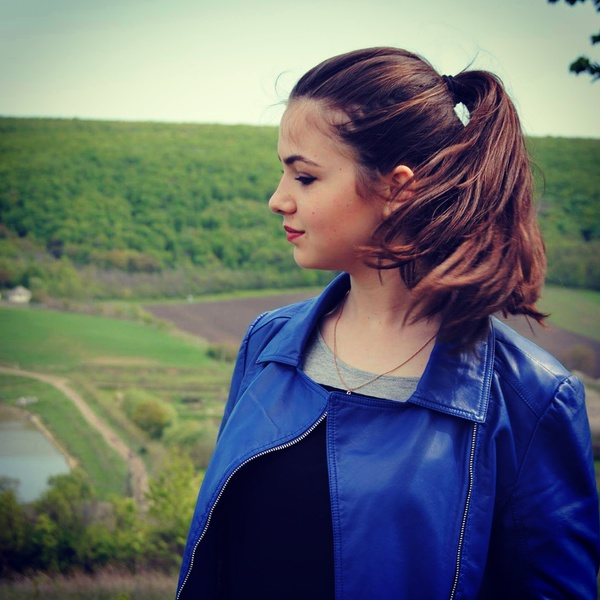 VeraOnuta's Profile Photo