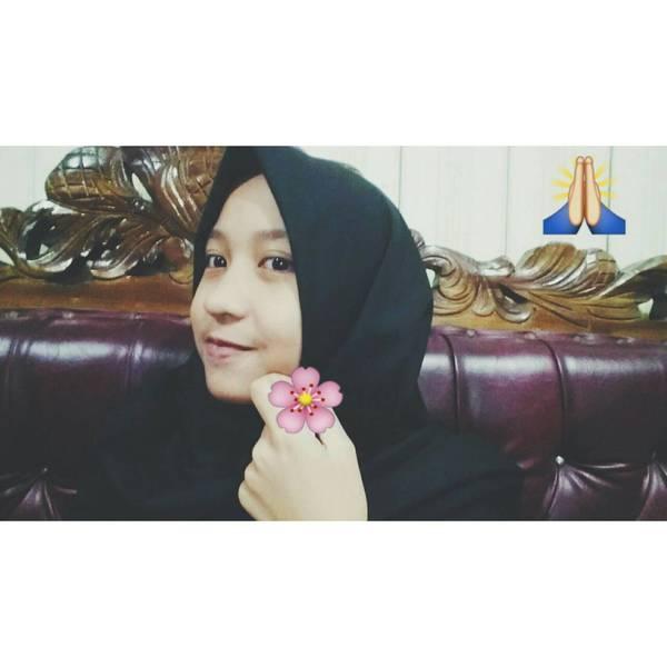alyaxrahmah's Profile Photo