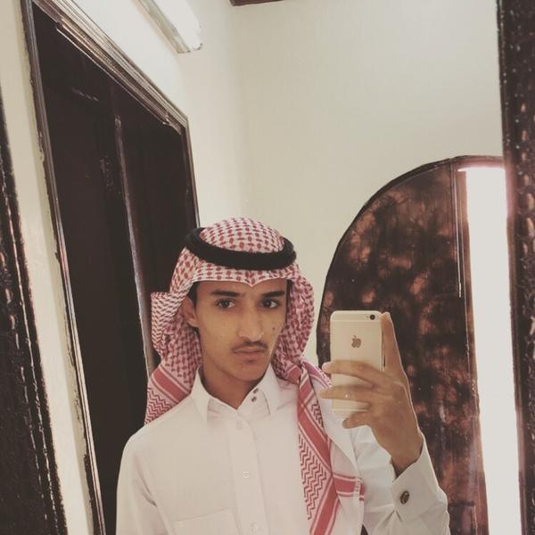 y_ser51's Profile Photo