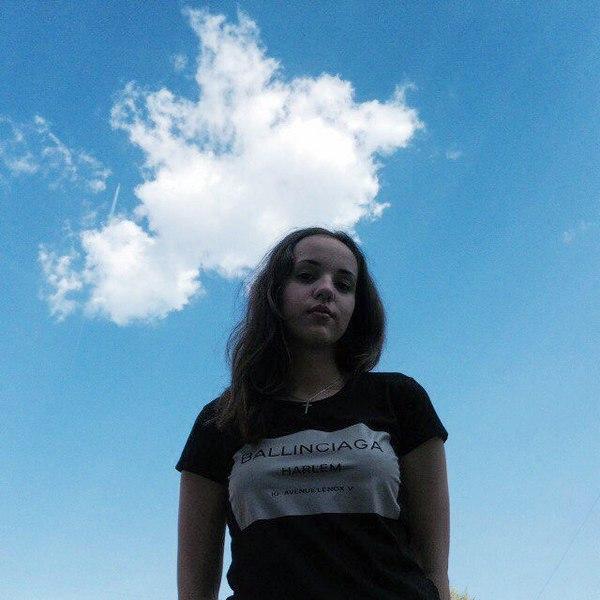 MCPoNa's Profile Photo