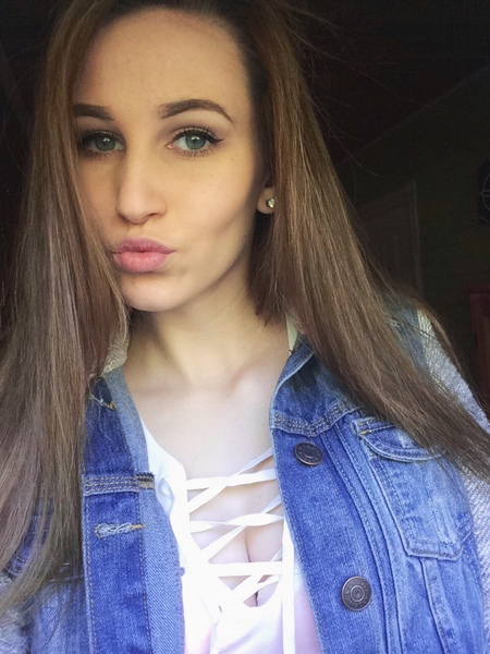 EmaleeLarter's Profile Photo