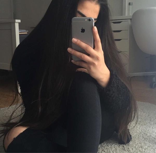 larissa________'s Profile Photo