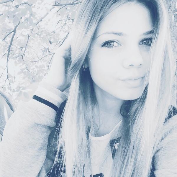 hvjbcv's Profile Photo