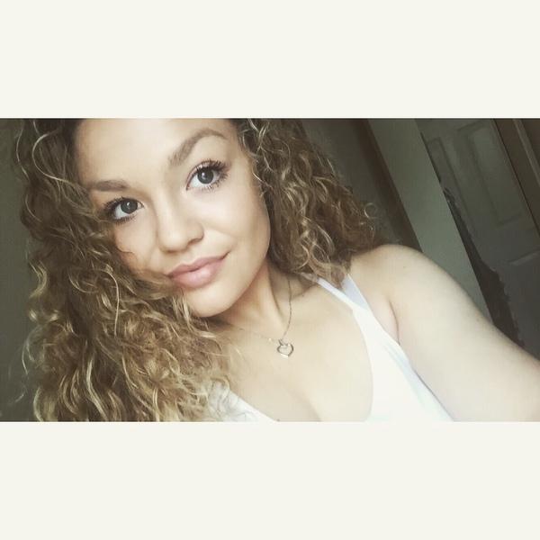 EllieJoyFlemingX's Profile Photo