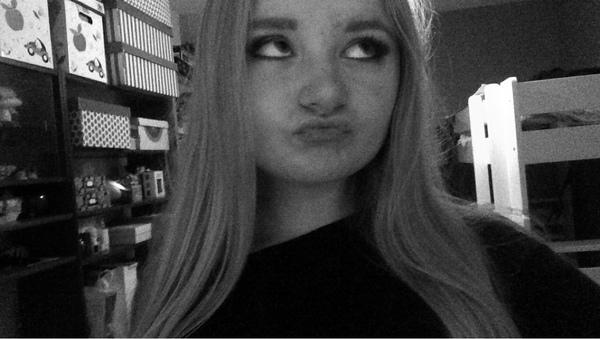 ElliNelly's Profile Photo